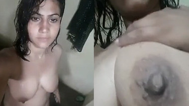 Indian cute Girl Boobs And Pussy Selfie