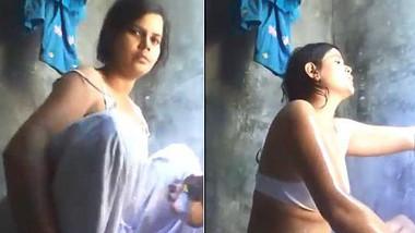 Soni singh medanipur sexy bath for bf