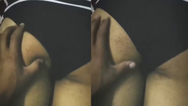 desi babe ass squezzed and felt