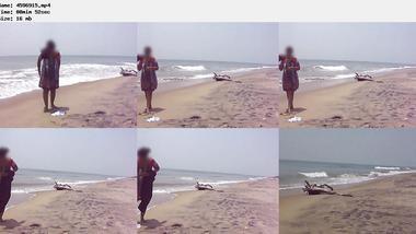 Desi sex of Indian bhabi showing boobs on sea beach