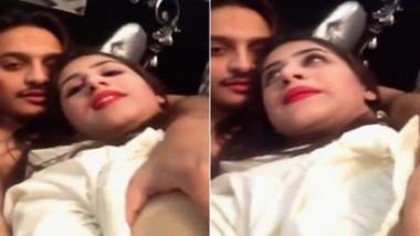 Desi hotty beauty selfie with lover
