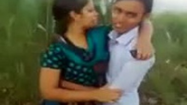 Desi village girl passionate outdoor kissing mms scandal