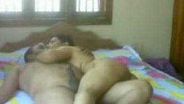 Desi Indian sexy mature bhabhi hardcore home sex mms