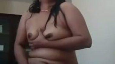 Desi Auntie selfmade Masturbation clip