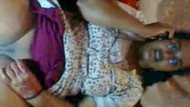 mallu bhabhi fingering with phone sex