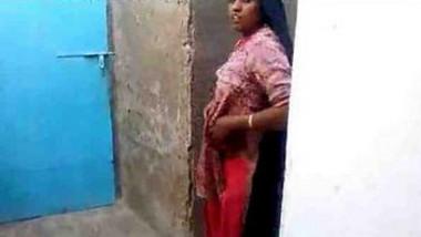 Muslim from kolkata showing boobs
