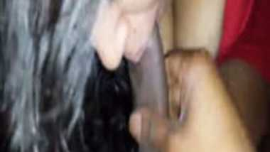 XXX sex blue film video of Delhi girl Diya on her first date with bf!