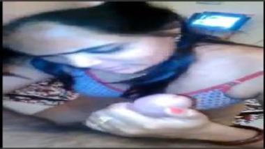 Cute Desi Girl's Hot Blowjob
