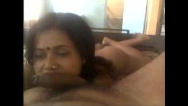 Hot Blowjob MMS Of Horny Banares Aunty