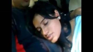 Patna's College Girl Blowjob In Car