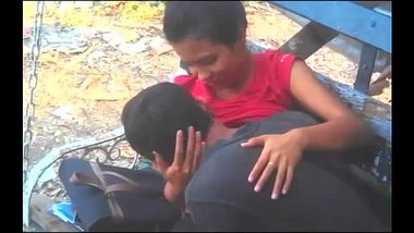 Hot Romance Of Indian Couple In Park