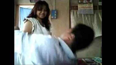 Bangla Girl Making Her Own Sex MMS