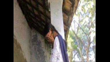 Sexy 20 years old school girl from Bihar having sex