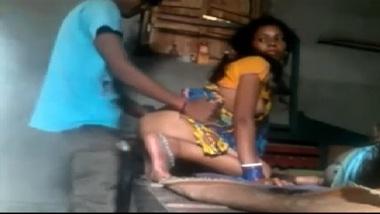 Bangladeshi village bhabhi sex with devar's classmate