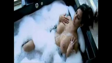 Nude Bathing Video Of Hindi Actress Preeti