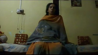 Indian wife enjoyed by the pandit after puja