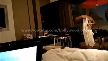 Indian Woman Flashing Boobs To Room Service
