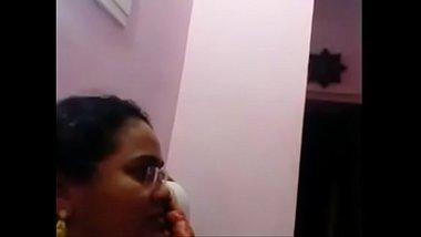 Servant Sucking Big Breasts Of Telugu Aunty