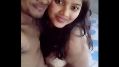 Mast desi chudai MMS of hot college couple