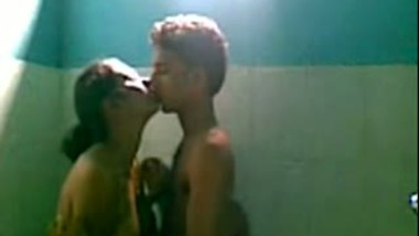 Desi incest sister's naked shower with brother