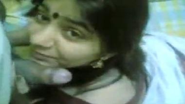 Hot Indian Wife Saree Strip And Blowjob MMS