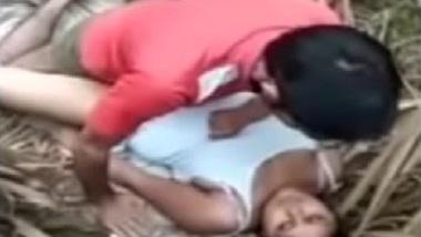 Hindustani gaon ke Bihari chori ki garam bur chudai bf