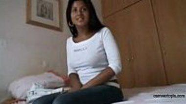 Mama ne ghar par kuwari Bhanji ki chut maari