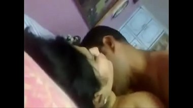 Hot Delhi girl having sex with her lover at a friend's flat