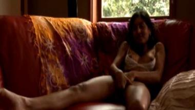 Delhi University girl Naina masturbates on cam
