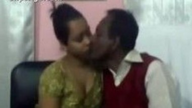 Drunken Mama fucks his sexy Bhanji whole day