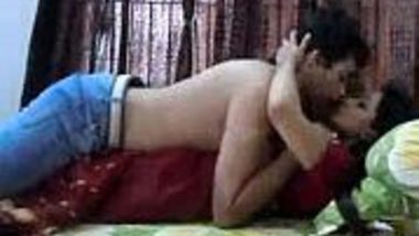 Desi bhabhi masala adult video of romance with Devar