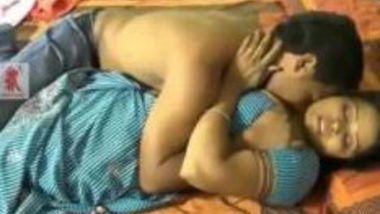 Neighbor Desi Aunty fucks Student at Indian Porn