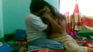 Mausi aur bhanje ke home sex masti ki Hindi ashleel film
