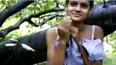 Indian odisha desi college girl fucks mate in forest