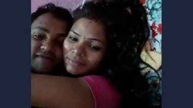 Desi girl boobs sucked by lover sex clip