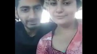 Mumbai couple in car romance