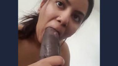Sexy NRI Girl Blowjob