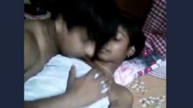 Desi couple sucking wife boob