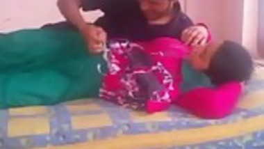 Indian girl in sexual mood fucked her cousin at home