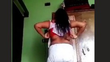 Desi College girl Changing cloths