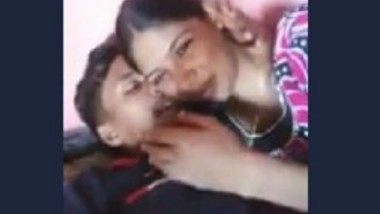 Madurai young couples kissing hot with tamil audio
