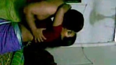 Indian mature aunty hard fucked by neighbor mms