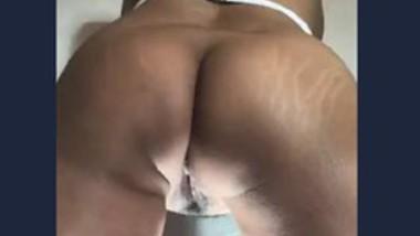 Desi girl hot pussy fingering