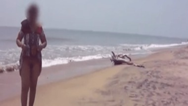 Outdoor pussy exposure of Indian Bhabhi on a beach