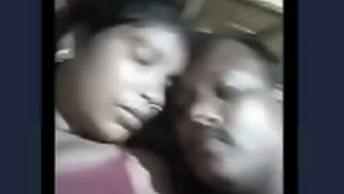 Desi randi bhabi boob sow video call