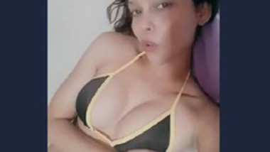 Desi hot girl selfie cam video