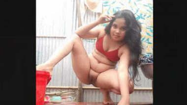 Sexy Desi Girl Fingering Part 2