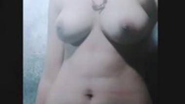 Sexy girl show her cute boob