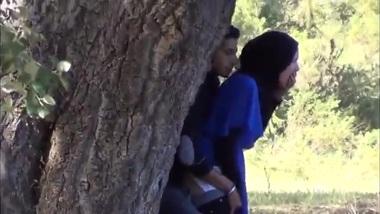 Desi Indian XXX as muslim girl hand job in outside Hidden cam
