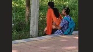 Horny College Couple Outdoor Fucking